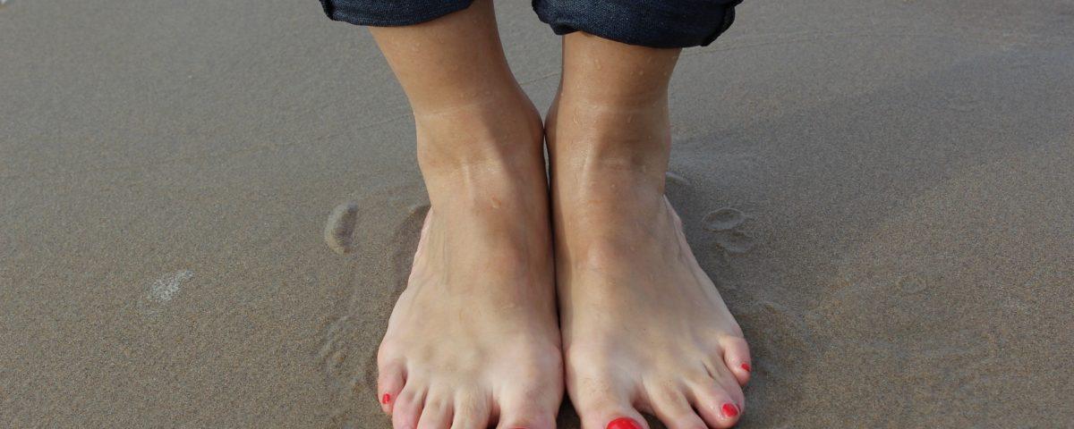 Sgonfiare le caviglie con 5 consigli comecosaquando